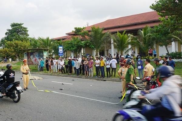 Cụ ông ở Đà Nẵng lái xe lao thẳng vào gốc cây tử vong