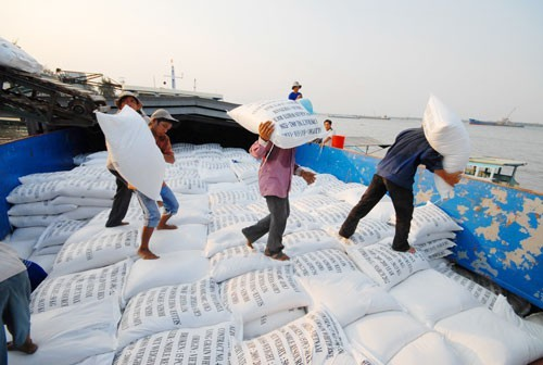 Vietnam struggles to reach rice export plan
