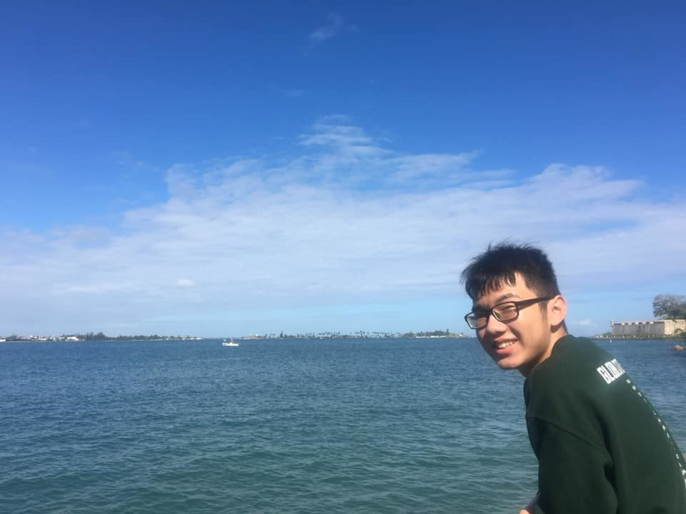 Những người trẻ tật nguyền 'vươn ra biển lớn'