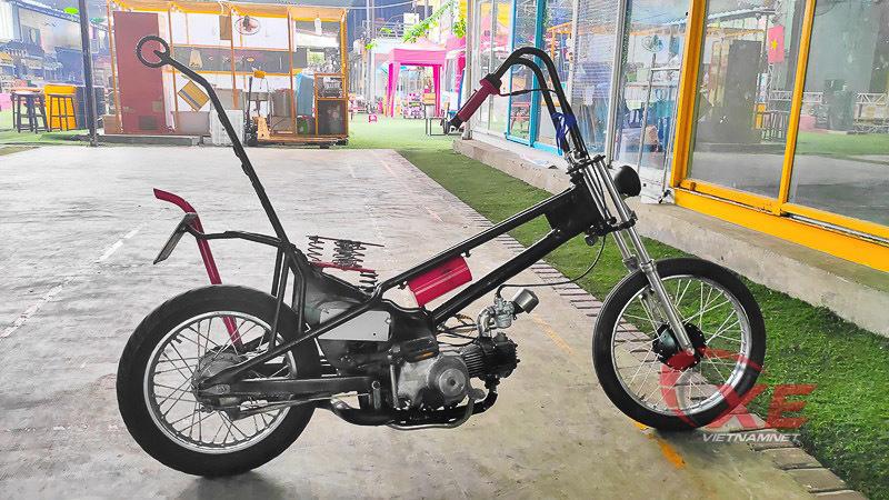 Honda Super Cub 1978 'biến hình' cực dị của dân chơi Sài Gòn
