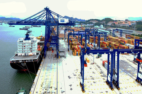Quảng Ninh đẩy mạnh phát triển cảng biển