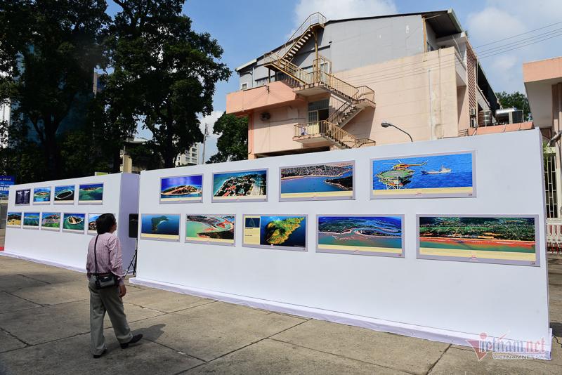 Triển lãm ảnh 'Không ảnh Đảo và bờ biển Việt Nam' của Giản Thanh Sơn