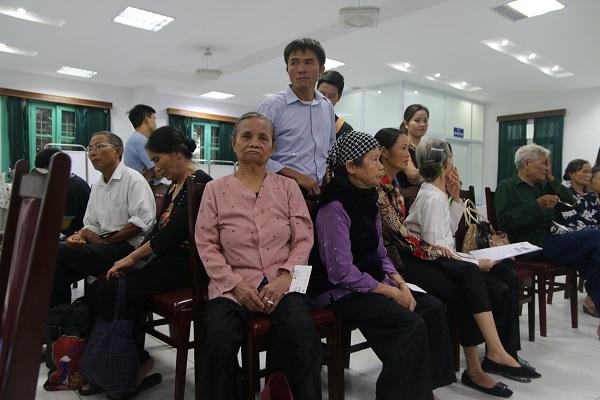 từ thiện,Bệnh viện Mắt Hà Nội