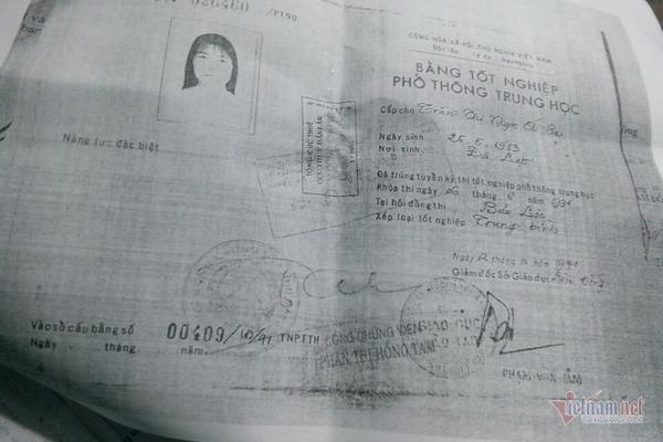 Nữ trưởng phòng ở Tỉnh ủy Đắk Lắk dùng bằng cấp 3 của chị gái để thăng tiến