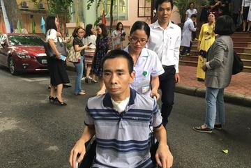 Người đàn ông Hà Nội sống lại nhờ lá phổi của chàng trai 20 tuổi