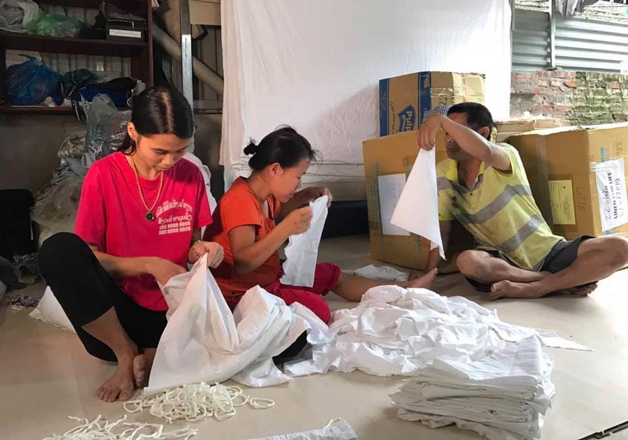 Tái chế vải khách sạn 5 sao thành quà ý nghĩa cho trẻ em nghèo