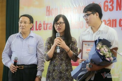 Hồi sinh những cánh đồng chết ở Quảng Trị đoạt  giải nhất 'Tự hào nông dân VN'