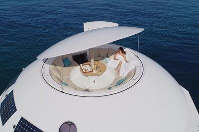 Phòng 'Điệp viên 007' nổi trên biển với tầm nhìn 360 độ