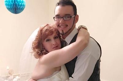 Cặp đôi vợ 72 - chồng 19 tuổi khoe cuộc sống mặn nồng