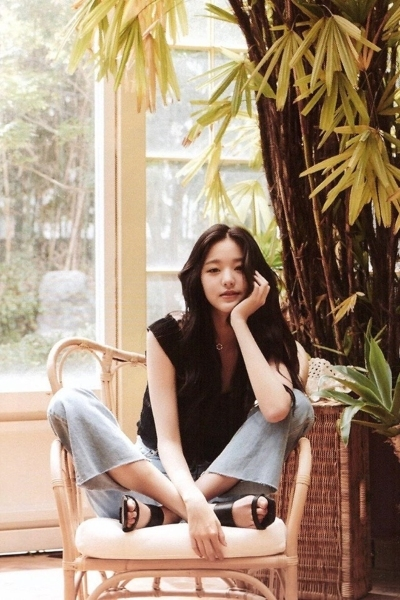 Sao Hàn,Song Hye Kyo,Sulli,SuperM,MOMOLAND,Gugudan,Oh My Girl,TWICE,IZ*ONE