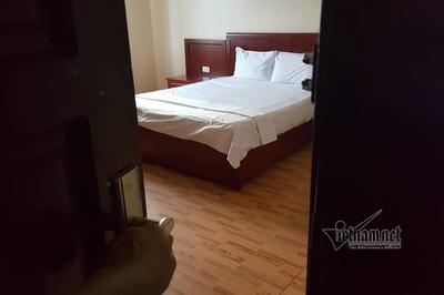 Ôm ấp lễ tân trẻ trong phòng ngủ, ông chủ khách sạn nhận cơn mưa đòn