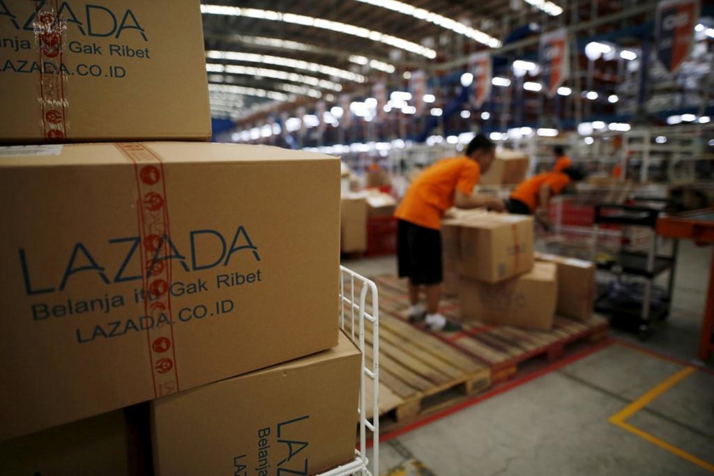 Lazada,Shopee,thương mại điện tử