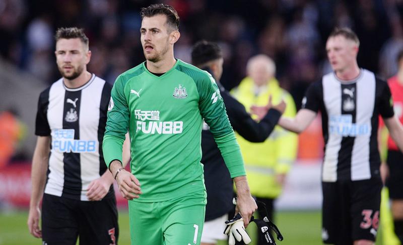MU vs Newcastle: Oan gia ngõ hẹp