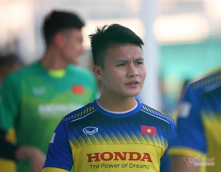 Quang Hải, Duy Mạnh bắt nhịp thần tốc ở tuyển Việt Nam