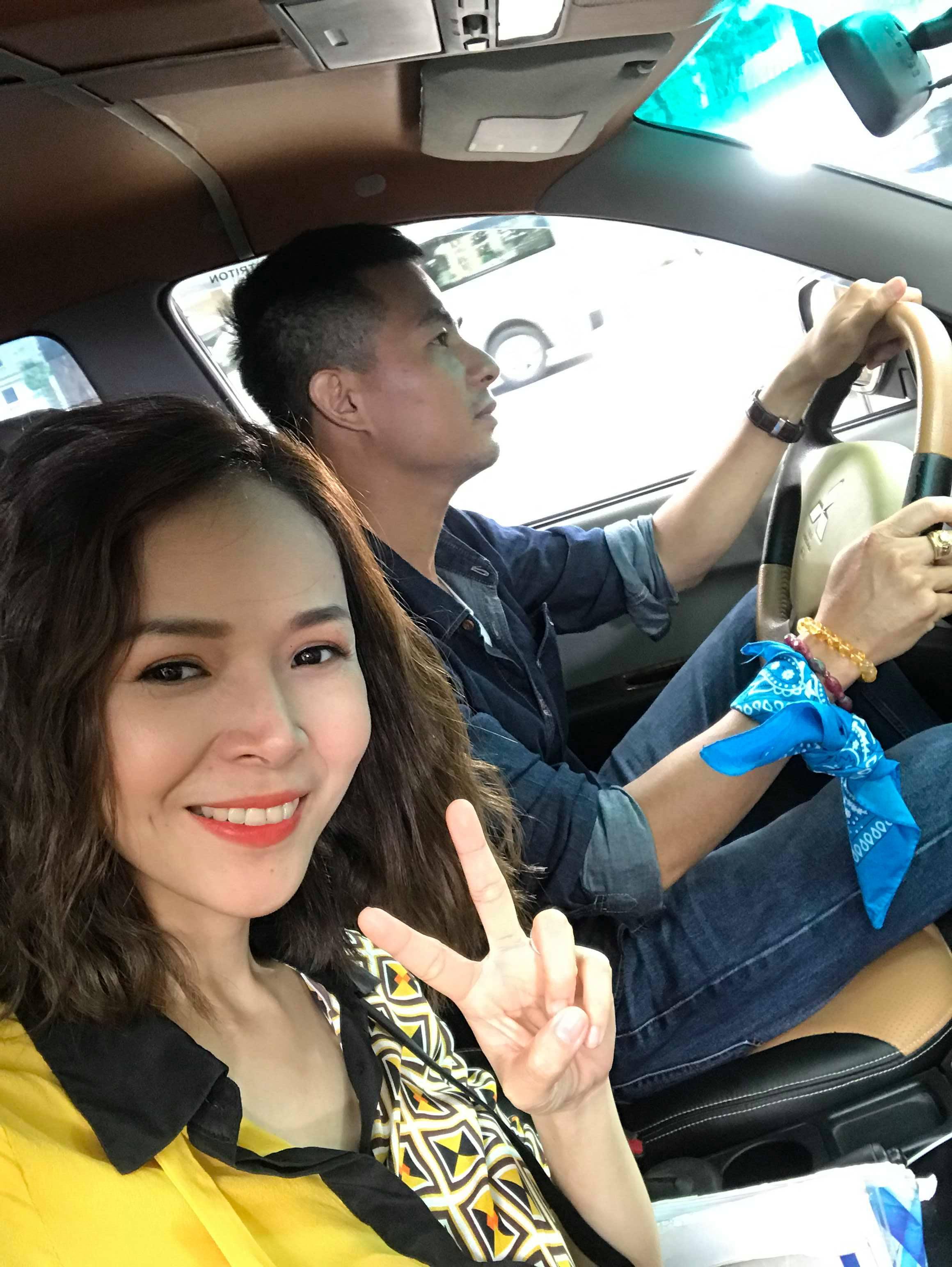 'Trung Hiếu phiên bản lỗi' tiết lộ về vợ trẻ 9X
