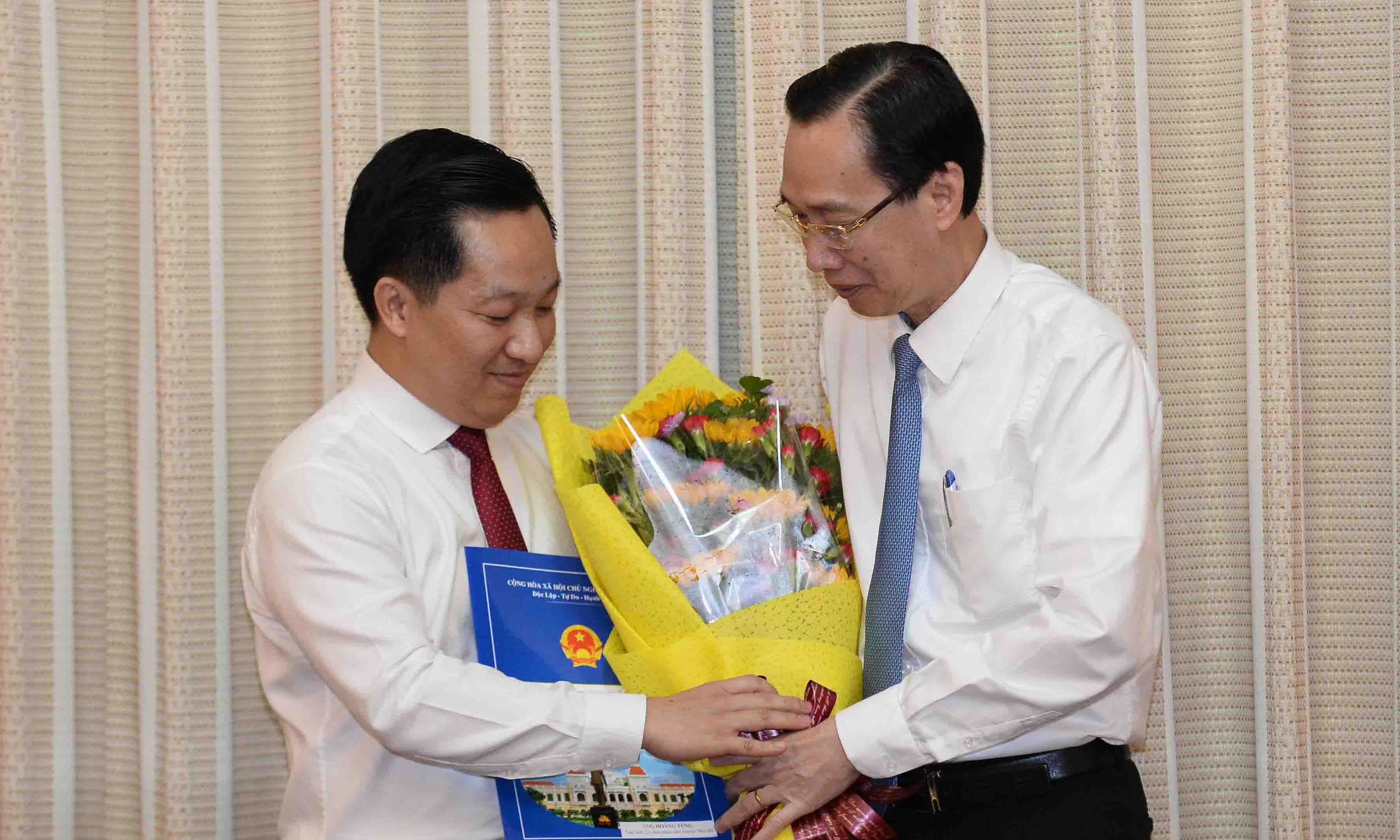 TP.HCM điều phó giám đốc Sở 8X về làm Chủ tịch huyện Nhà Bè