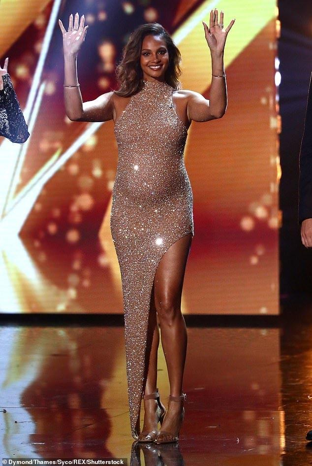 Nữ giám khảo Britain's Got Talent gây tranh cãi vì mặc xuyên thấu, sexy khi mang thai