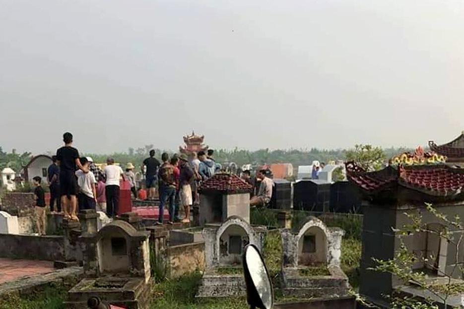 Thi thể người phụ nữ trong nghĩa trang ở Hưng Yên, nghi bị bạn trai sát hại
