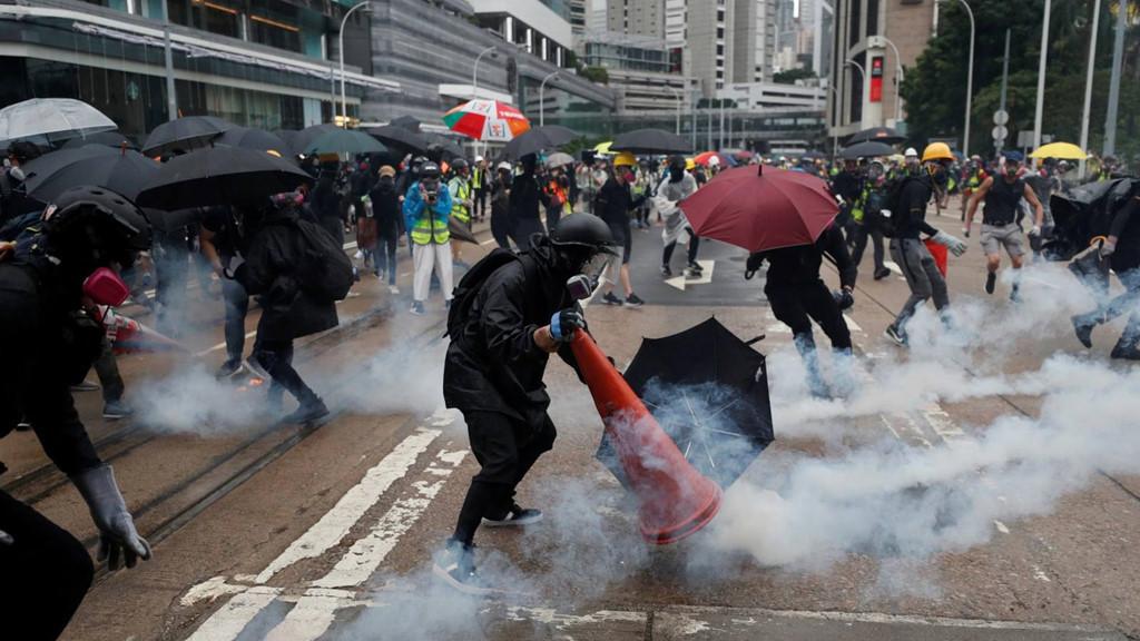 Mỹ,Trung Quốc,biểu tình ở Hong Kong,Bom nợ Trung Quốc