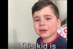 Cậu bé bật khóc nức nở khi phát hiện trời vẫn lạnh vào mùa xuân