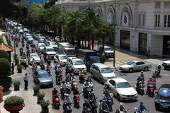 HCM City automobile registration fee doubles