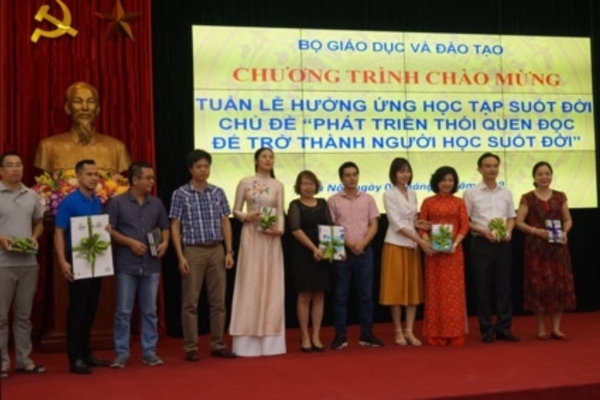 VIETNAM NEWS HEADLINES OCTOBER 9
