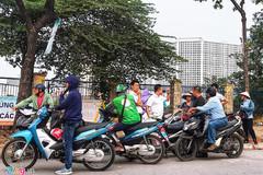 Vé chợ đen trận Việt Nam gặp Malaysia tăng gấp 4 lần