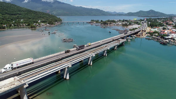 6.2-km Hai Van Tunnel 2 near completion