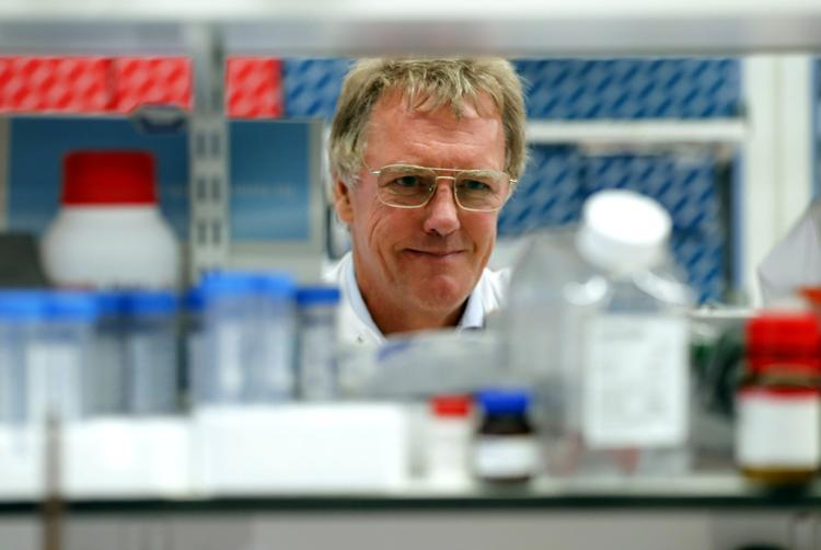 Giải Nobel Y sinh 2019 mở ra triển vọng điều trị ung thư, thiếu máu
