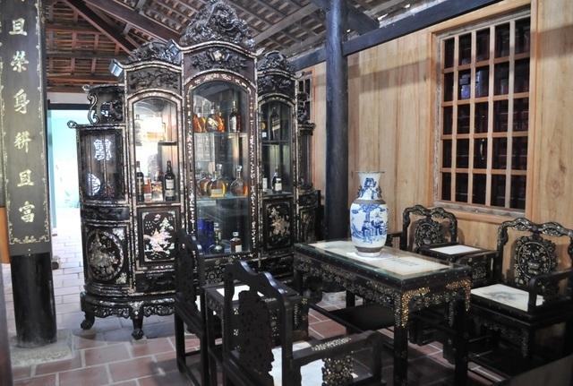 nhà cổ,nhà gỗ,giường quý hiếm