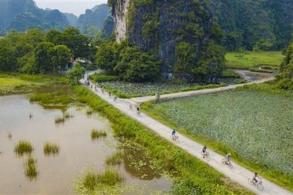Tam Coc- Bich Dong in Autumn,ninh binh,travel news,Vietnam guide,Vietnam tour,travelling to Vietnam,Vietnam travelling