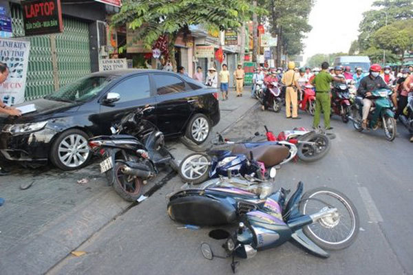 Vietnam deploys high-tech to catch traffic violators