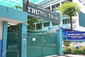 Hơn 20 học sinh nhập viện sau giờ tan trường