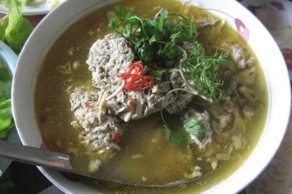 Hanoi's gift: Ragworm