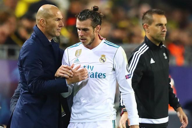 MU chờ phán quyết Liverpool, Bale quậy Zidane