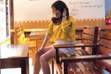 Ái Sa, Huyền Trang: Không cần biết em là ai