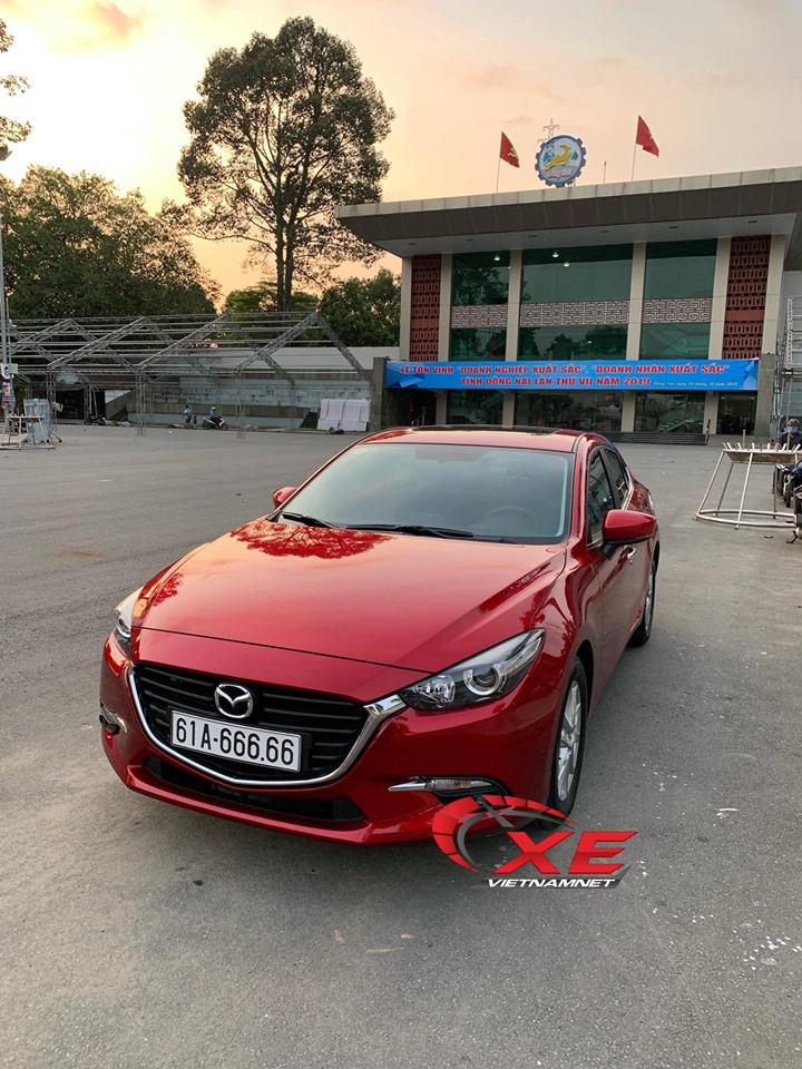 Đại gia Đồng Nai chơi trội, bỏ 2 tỷ mua Mazda 3 chỉ vì biển đẹp