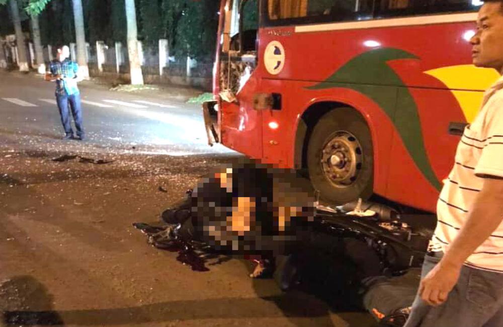 Va chạm xe khách, 2 chiến sĩ công an nghĩa vụ thương vong ở Đắk Lắk