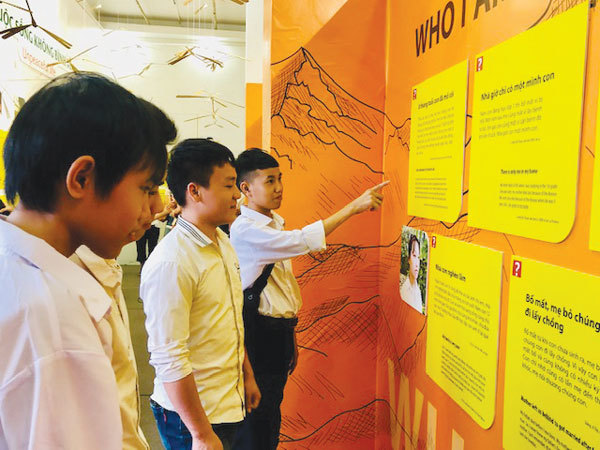 Exhibition,orphans'dreams,'Longing for a Family',entertainment news,what's on,Vietnam culture,Vietnam tradition,vn news,Vietnam beauty,Vietnam news,vietnamnet news,vietnamnet bridge,Vietnamese newspaper,Vietnam latest news