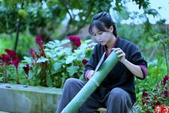 'Tiên nữ đồng quê' Lý Tử Thất thu nhập khủng, trở thành triệu phú ở tuổi 29