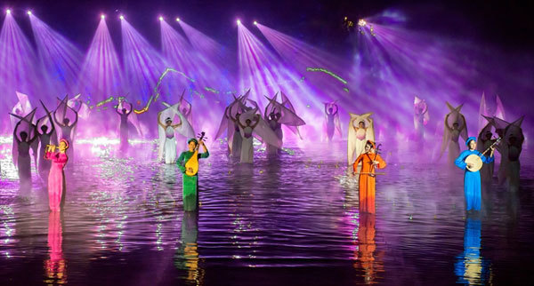 Outdoor spectacle receives special tourism prize