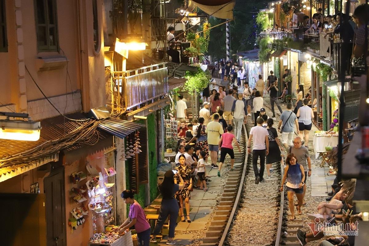 Hà Nội,cà phê đường tàu,an toàn đường sắt