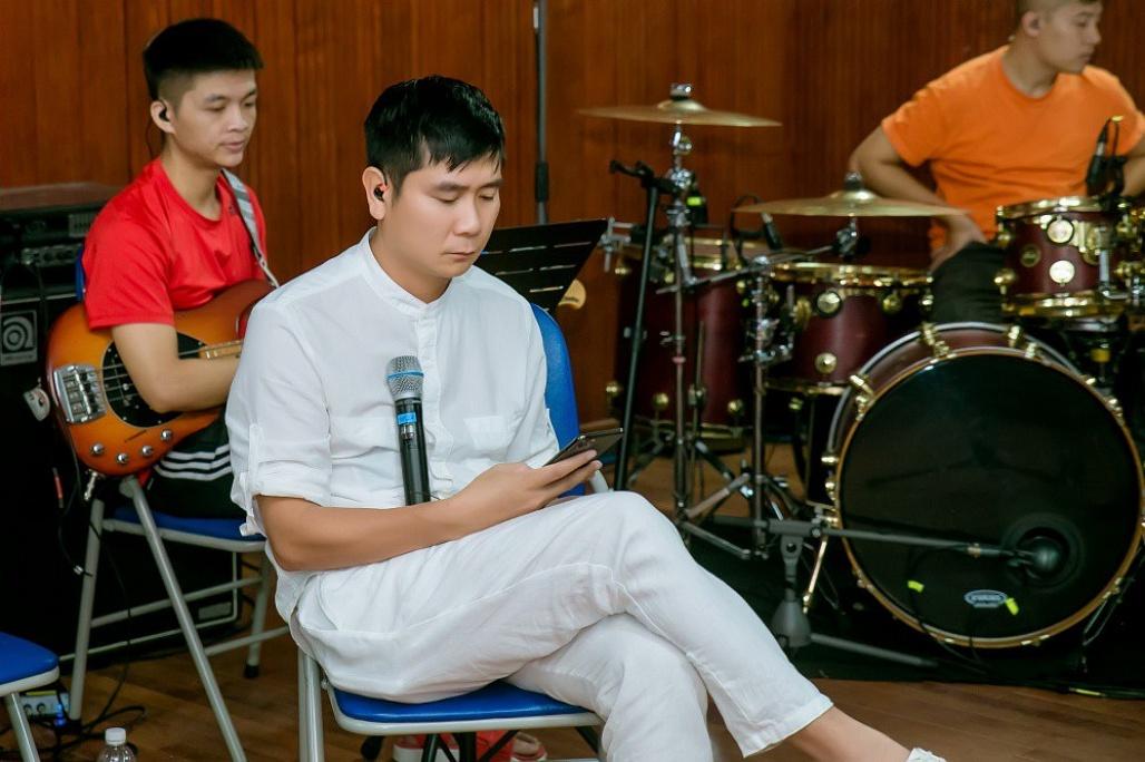 Kiều Loan,Sơn Tùng M-TP,Nguyễn Trần Trung Quân,Hồ Hoài Anh,Dương Yến Ngọc,Việt Anh,Đỗ Cát Tường,Đức Phúc