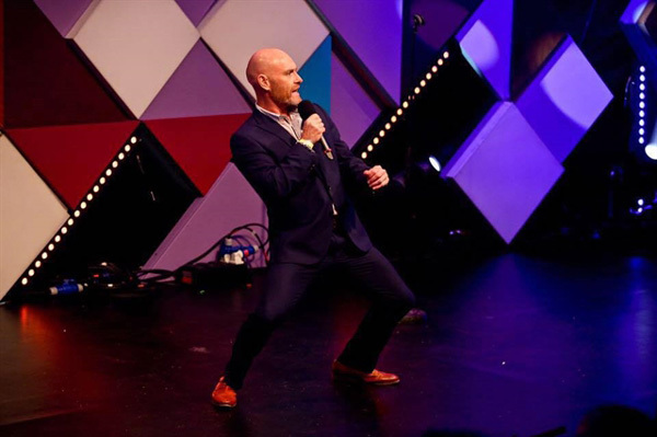 British stand-up comedian to perform in HCM City