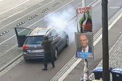 Germany shooting: Gunman kills two after attacking synagogue
