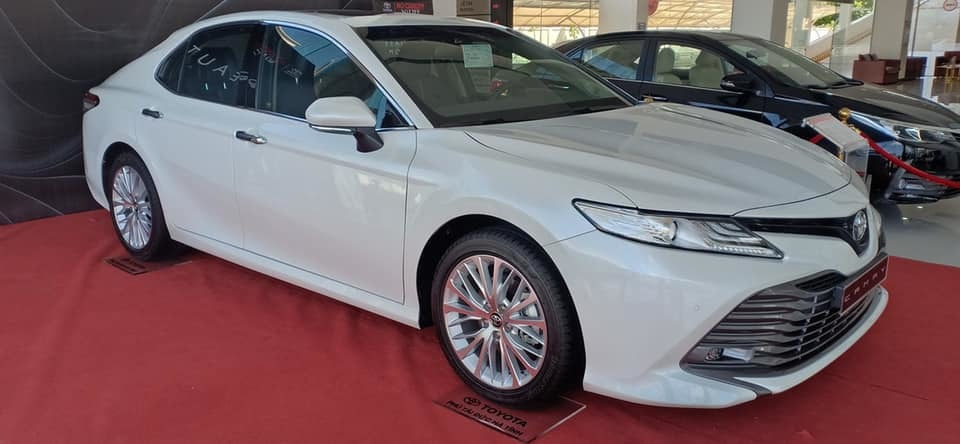 Sedan hạng D,Toyota Camry