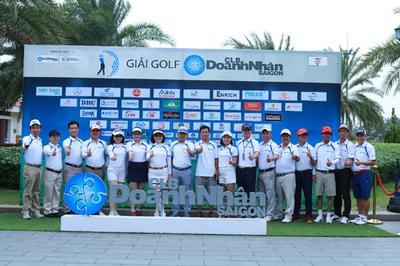 Gần 300 doanh nhân tranh tài ở Giải Golf CLB Doanh nhân Sài Gòn