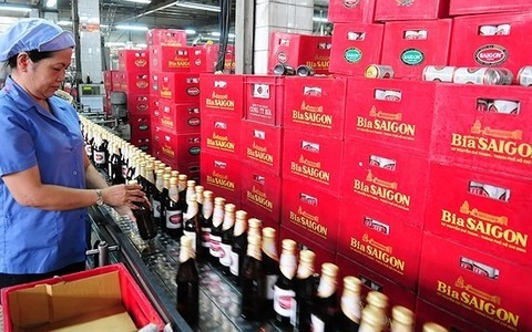 Alcohol and beer consumption,beverage producers,Vietnam,Listed brewery firms,Markets,vietnam economy