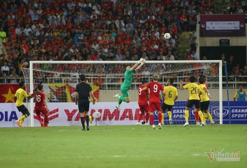 Việt Nam lại khiến Malaysia trắng tay ở Mỹ Đình: Xứng đáng!