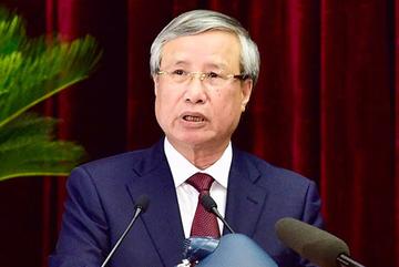 Bộ Chính trị yêu cầu giám sát việc thực thi quyền lực của người chức quyền